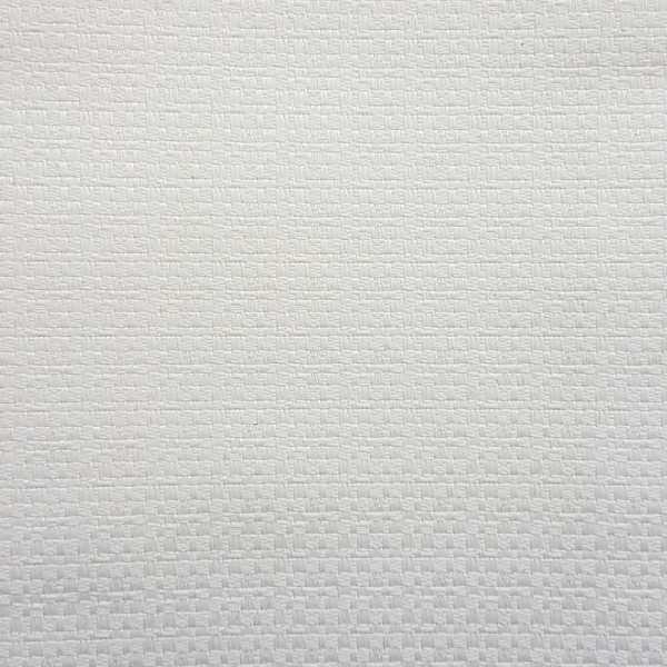 100% poliester - 1.40 metros Largura - Tecido resistente a água e raios solares com tratamento anti-mancha e anti-mofo